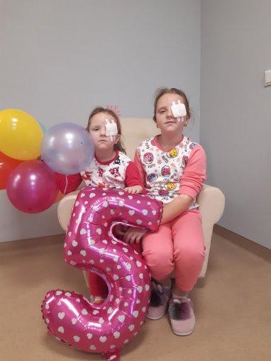 Inca doua destine schimbate. Surorile Iulia si Xenia va multumesc pentru sansa de a vedea lumea!
