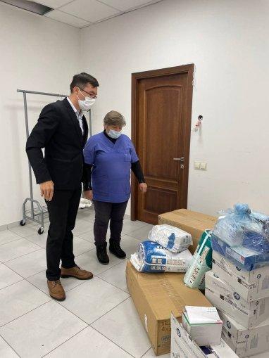 Пожертвования людей дошли до больницы №4 и до десятков социально уязвимых семей.